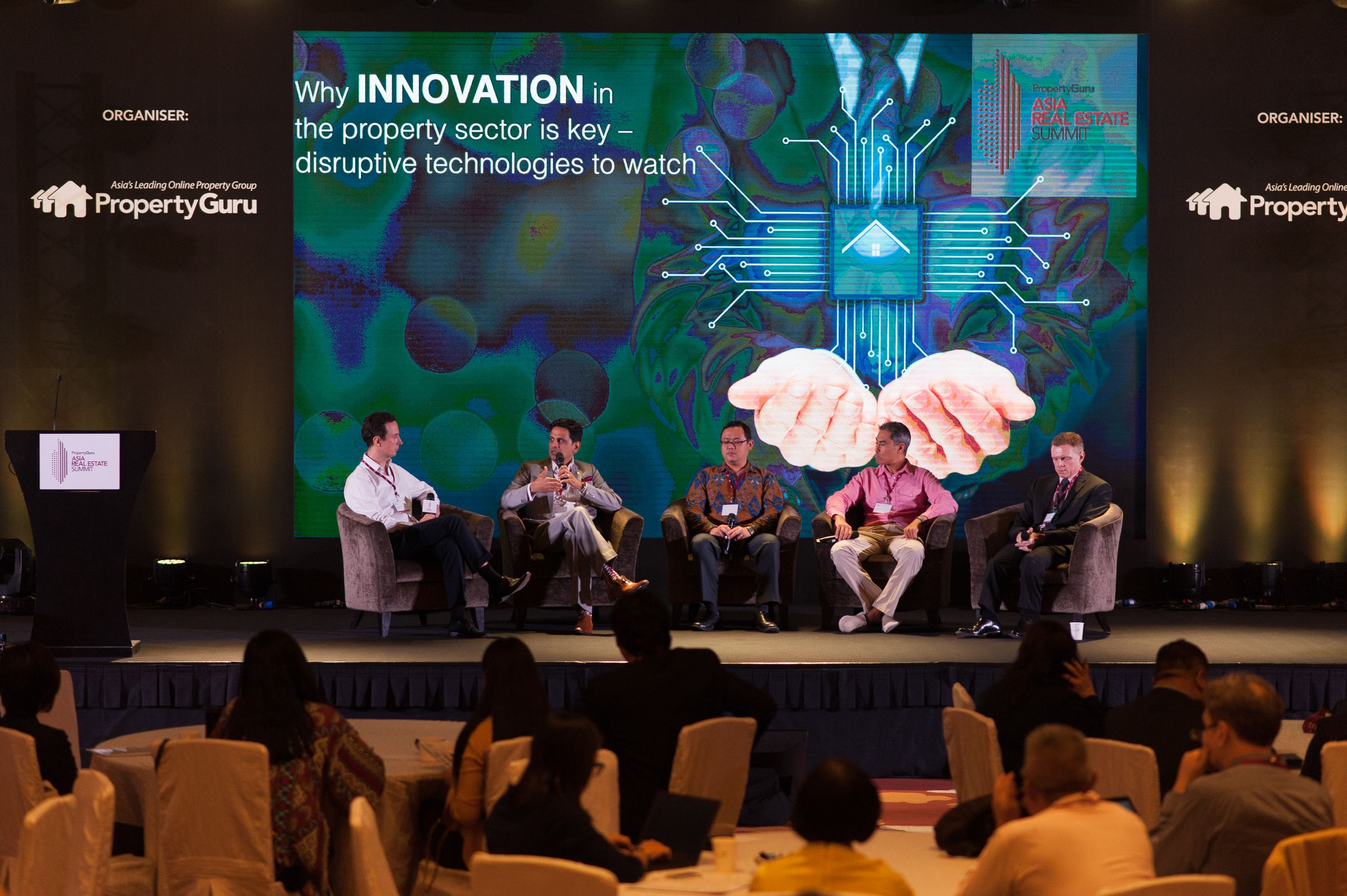 At the PropertyGuru Asia Real Estate Summit 2018. Left to right: Jack Fitzgerard, Founder, Disrupt Property, Hari Krishnan, CEO, PropertyGuru Group, Darvin Kurniawan, founder, REIDAO, Julian Kwan, founder and CEO, InvestaCrowd, Dr John Miller, Chief Strategy Development Officer, Ananda Development Public Co. Ltd