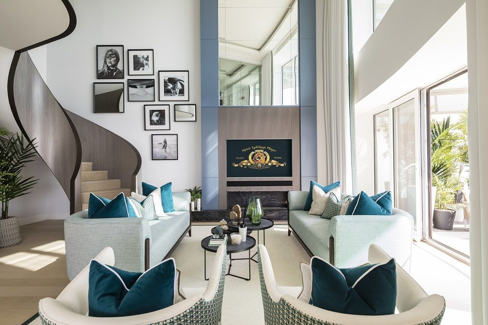 Lounge of Baltimore Tower duplex penthouse. Image credit: Lawrie Cornish