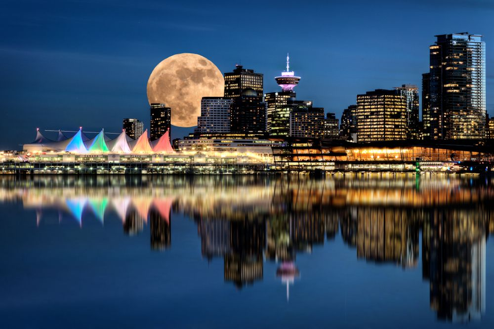 Vancouver as seen from Stanley Park. Pictureguy/Shutterstock