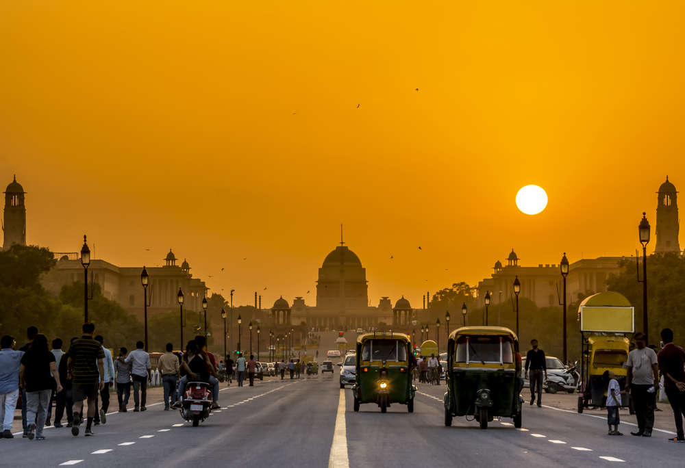 Sunset in Rashtrapati Bhavan, New Delhi, India. Kriangkrai Thitimakorn/Shutterstock