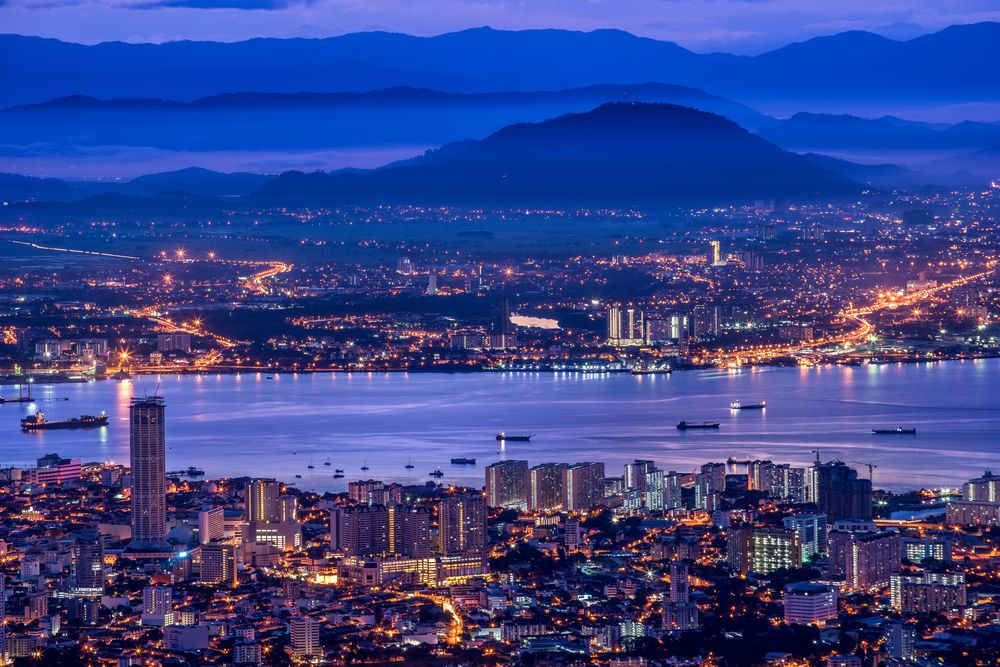 Penang Island and mainland Penang as viewed from Penang Hill. Kuen Hoong/Shutterstock