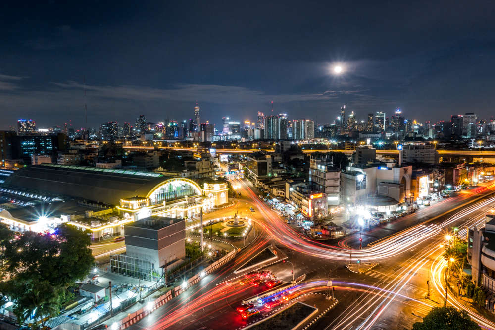 Bangkok central train station. WaningMoon789/Shutterstock